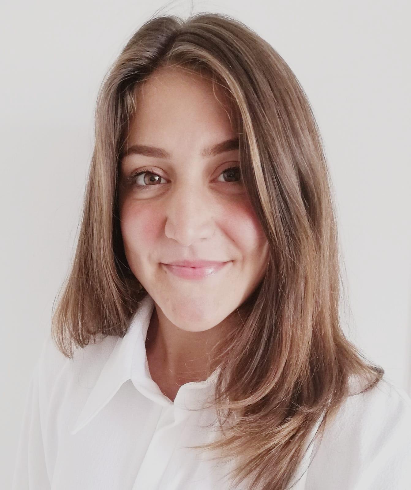 Alessandra Vacca. (Hons) Osteopathy